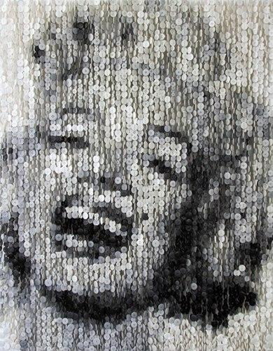 美国艺术家用纽扣组合成画作 创作赫本肖像等(图)图片