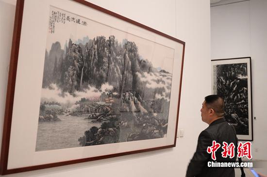 邢庚中国画展开幕 画作被评 有胆有魂 8