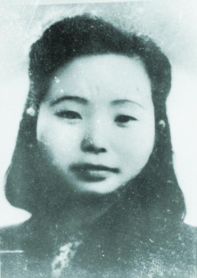 江姐的真实人生:被捕当晚即遭重刑曾受刑晕死三次