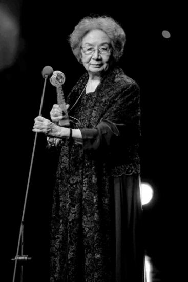 92岁叶嘉莹获奖近40年内举行诗词讲演数百场