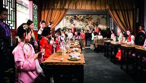小戏骨版《红楼梦》:小鲜肉时代里的一股清流