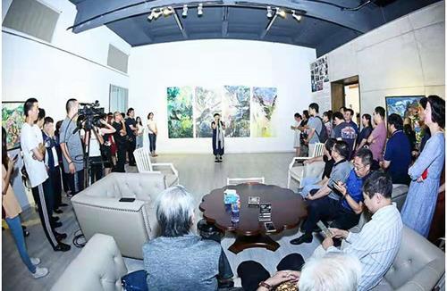 """""""隐山""""主题油画作品展在京举行"""