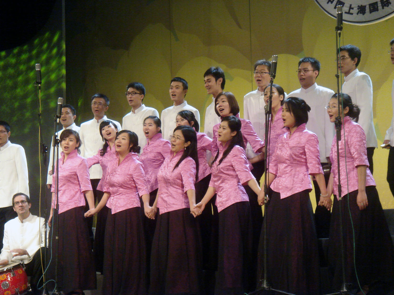 申城社区赛合唱 高雅音乐倾倒沪人图片
