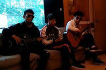 西藏首支盲人乐团民乐演奏