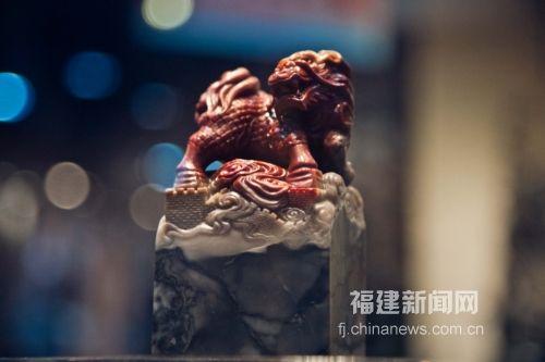"""福州工艺美术""""如意奖""""优秀作品展出"""