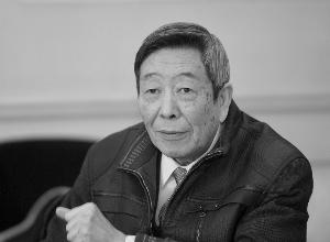 专家:江苏高考语文成绩近四年有三年不及格