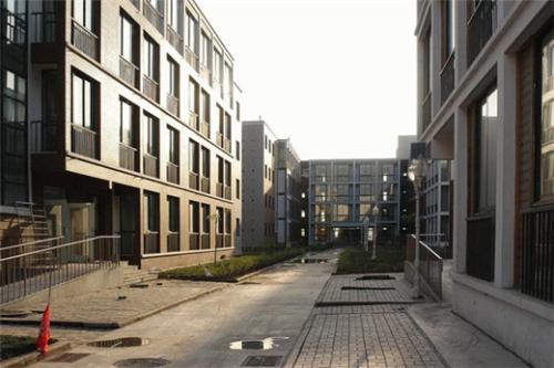 """""""蓝领公寓""""政策破冰 专家:有利于行业规范"""