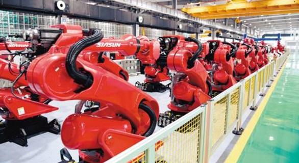 中国最大机器人产业基地:乒乓球机器人单挑世界冠军