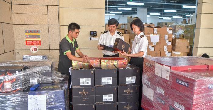 商务部:消费品进口占整体进口比重比5年前提高4个百分点
