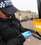 5000名伦敦警察维护治安