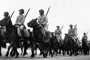 新中国首次国庆阅兵