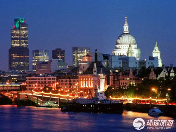 泰晤士河畔夜景