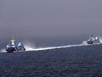 中国新型导弹快艇参加海上阅兵