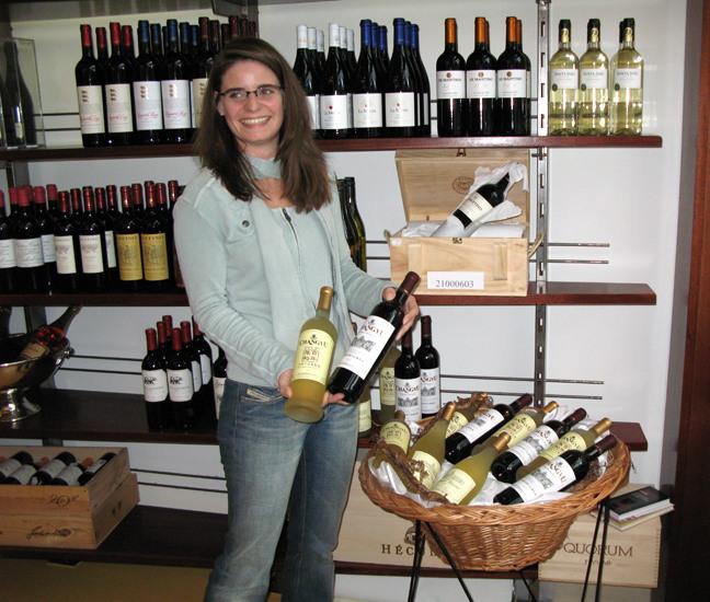 两大协会力挺:张裕葡萄酒农残未超标 可放心饮用