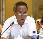 中国人民大学新闻与社会发展研究中心主任郑保卫