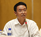 四川大学文学与新闻学院<br>院长曹顺庆