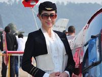 实拍珠海航展上的美女模特与空姐