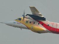 运12f支线客机精彩飞行表演