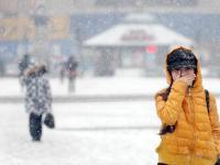 雪天保健手册:勤泡脚多搓手