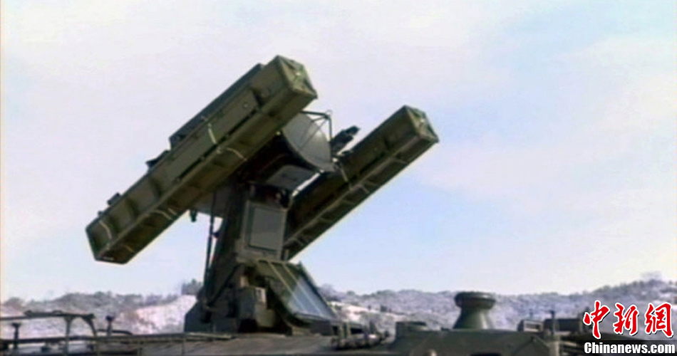 朝鲜中央电视台公开短程地对空导弹系统画面