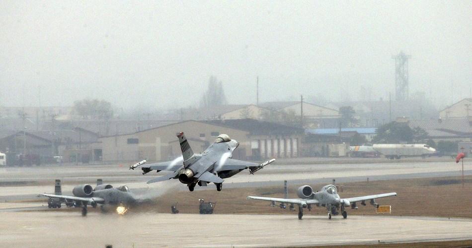 驻韩美军战机频繁训练