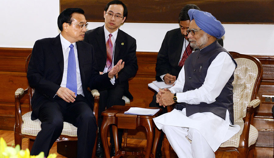 李克强与印度总理辛格小范围会见