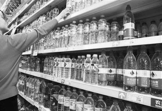 包装饮用水标准已开始清理 可口可乐等拒透企业标准