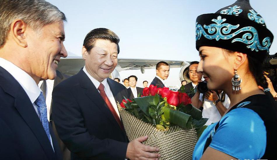 习近平开始访问吉尔吉斯斯坦 并将出席上合峰会