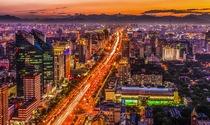 《长安街之夜》 摄影:刘永