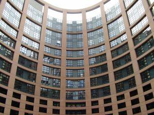 欧洲议会谴责美国间谍活动