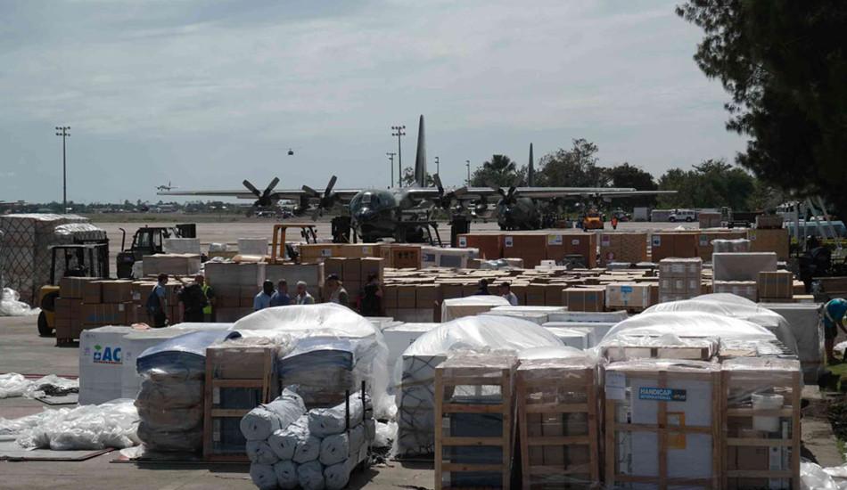 国际援助救灾物资集结菲律宾宿务机场