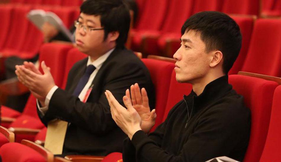 上海政协十二届二次会议开幕 刘翔出席