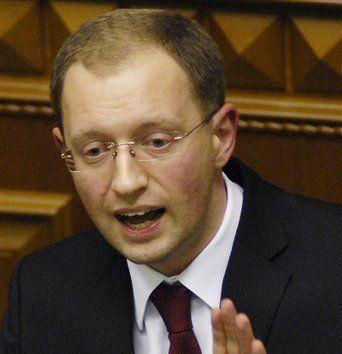 """亚采纽克:反对派""""祖国党""""领导人"""