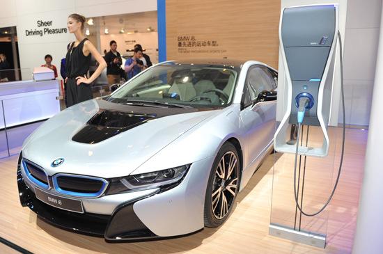 新能源车成最大亮点 首发中约占七成