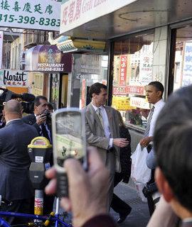 """奥巴马""""中国城""""打包广式点心"""