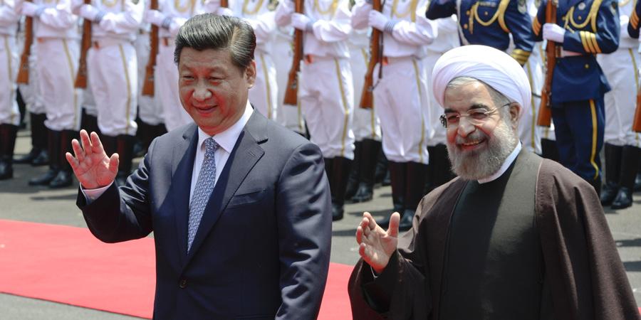习近平举行仪式欢迎伊朗总统鲁哈尼访华