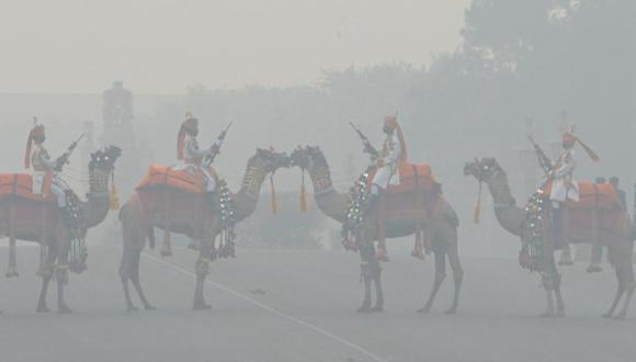 2012年全球700万人死于空气污染 。