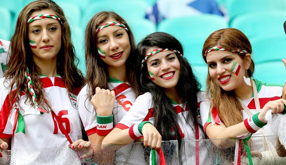 伊朗美女球迷告别世界杯