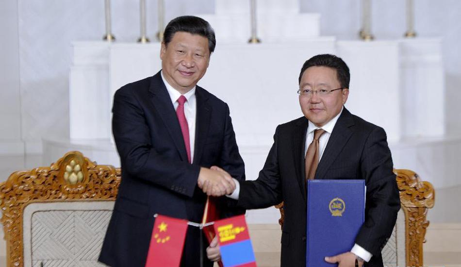 习近平同蒙古国总统额勒贝格道尔吉共同签署联合宣言