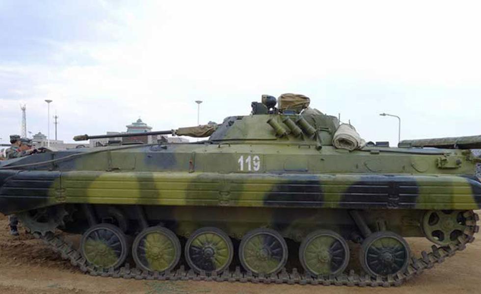 上合军演陆战装备一览 中方加榴炮亮眼
