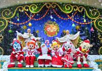 想出国过圣诞的人们都在忙着制定圣诞计划。如果这个冬天去韩国旅游,一定不要错过三星的爱宝乐园,这里到处都弥漫着圣诞节的气氛,将给大家呈现一个最特别、最难忘的圣诞观光游。