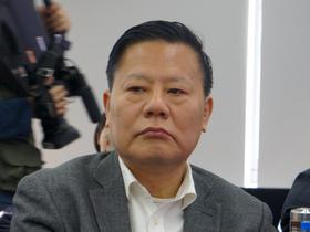 <b>中国社会科学院经济所所长裴长洪:</b>中国经济<br />新常态下的对外开放总体目标应是构建互利共盈,<br />多元平衡,安全高效的经济新体系。