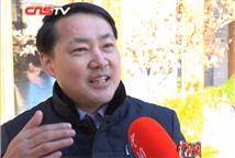 余龙江教授:与企业合作能培养人才
