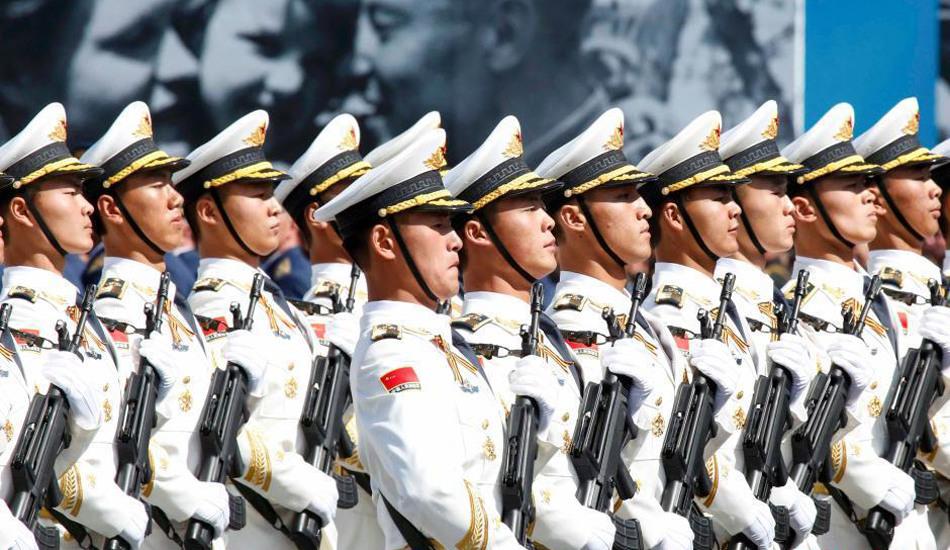 解放军三军仪仗队亮相俄罗斯阅兵仪式