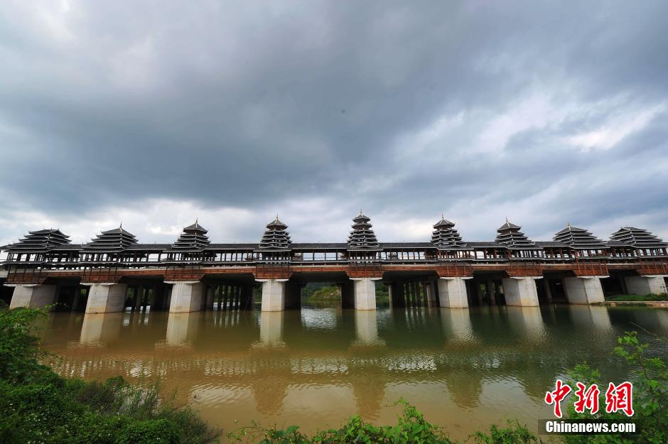 南宁投资数千万建风雨桥