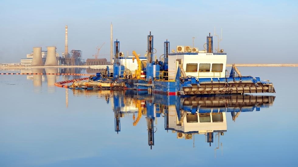 自主研发的水采机,成本仅为国外报价的1/7左右