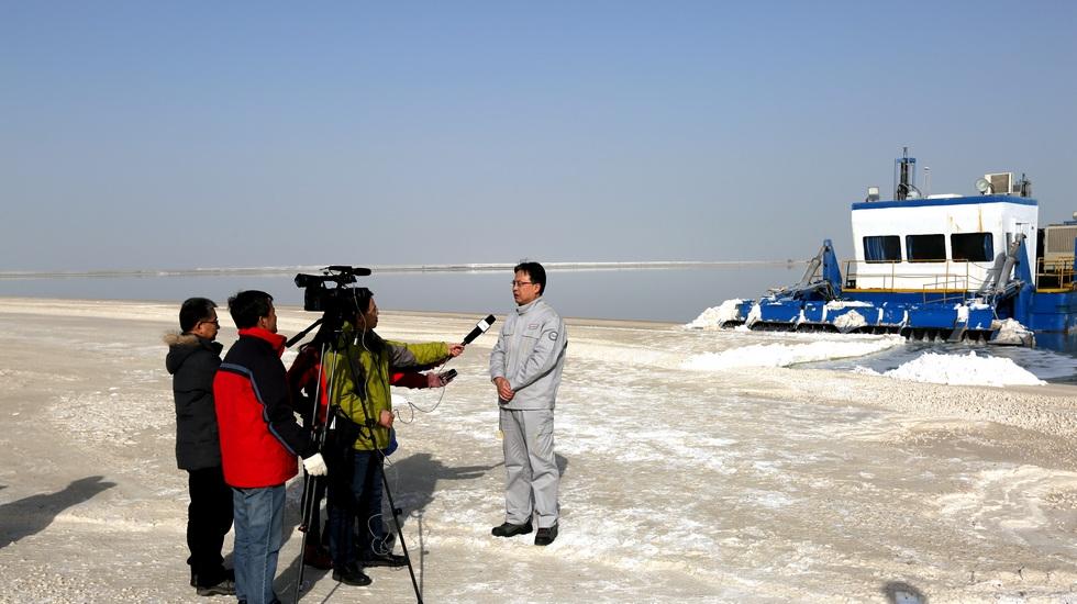 中央电视台新闻联播采访罗钾公司总经理李守江