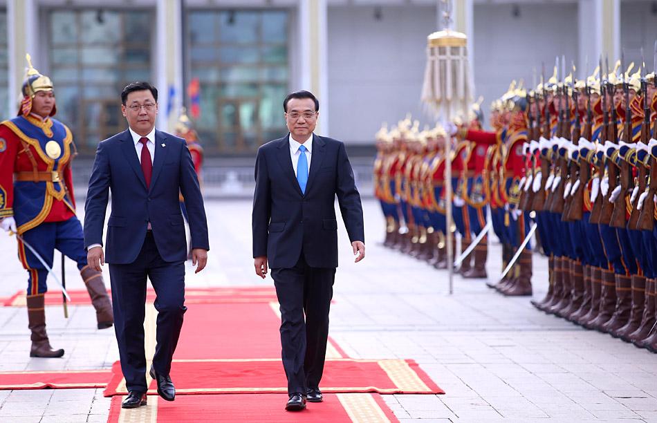 蒙古国总理举行仪式欢迎李克强总理访问