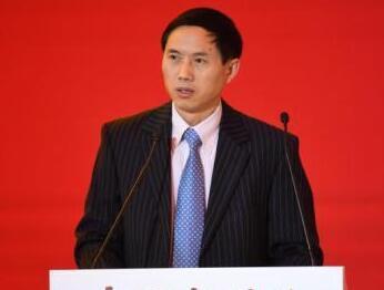 周强武:中国改善全球经济治理不是另起炉灶