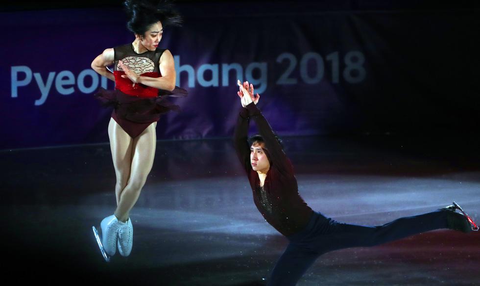 平昌冬奥会举行花样滑冰表演